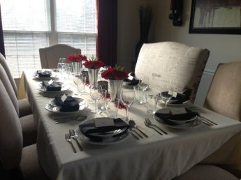 Thanksgiving Dinner Table Set-Up